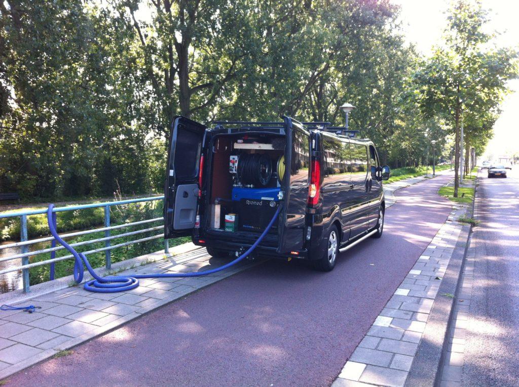 Rioolreinigings Dienst De Vos2